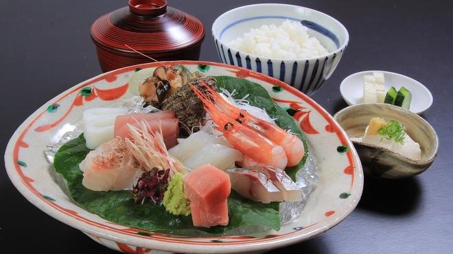 越前蟹の坊 - 料理写真:お刺身定食