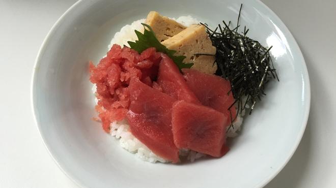 越前蟹の坊 - 料理写真:まぐろ丼(小)