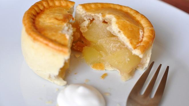 ジェリーズパイ - 料理写真:リンゴとシナモン 当店の一番人気!