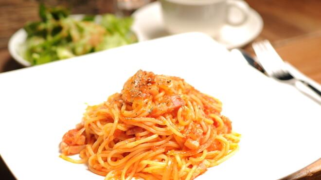 mols - 料理写真:トマトクリームソースの生パスタ