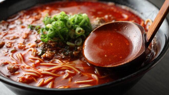 焼肉白李 - 料理写真:ユッケジャンラーメン