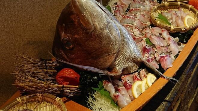 個室 魚と肉 まん - メイン写真:
