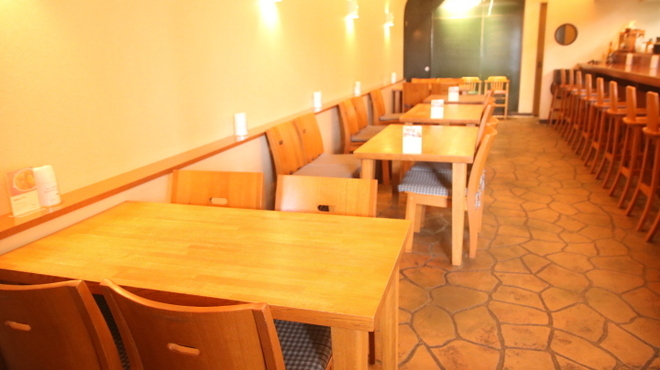 快食空間 makanaiya - メイン写真: