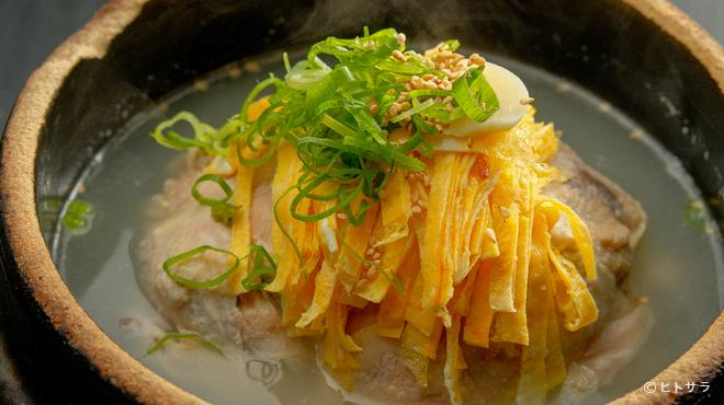 焼肉 ソウル - 料理写真:滋味あふれる味わいが魅力の『参鶏湯』