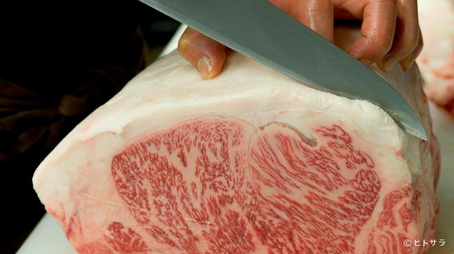 焼肉 ソウル - 料理写真:大阪近郊の屠場から仕入れる、新鮮な精肉