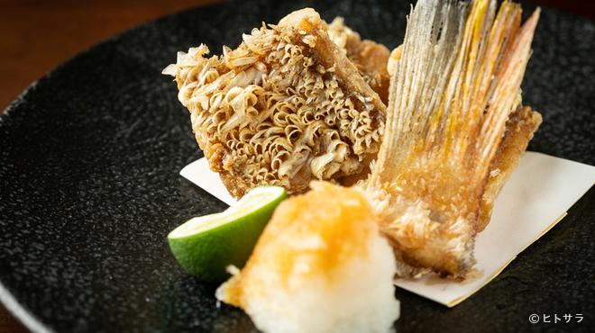 三代目とも - 料理写真:サクッとした食感が面白い『甘鯛の唐揚げ』