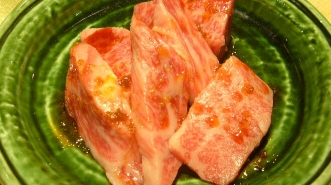 正力 - 料理写真:飛騨牛カルビ(\780)