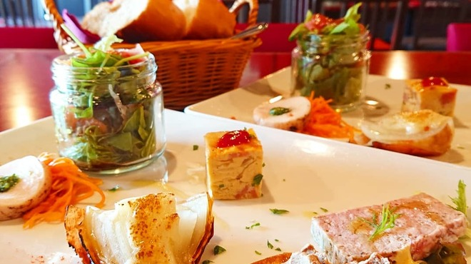 フランス家庭料理  グランダミ - メイン写真: