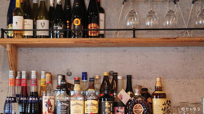 cafe&bar boo - ドリンク写真:豊富なラインナップのカクテルで、充実した夜のひとときを