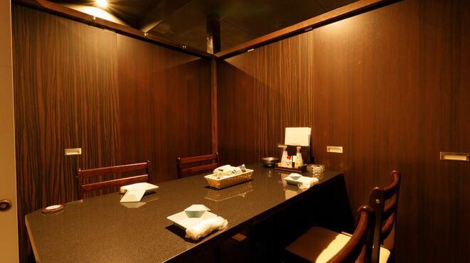 肉バル 個室ダイニング 華笠 - メイン写真: