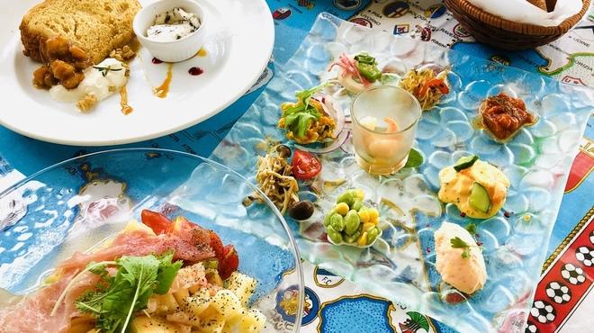 ラ・トランピスタ - 料理写真:デザート付ランチ1800円