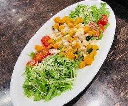 キッチン ガーデン - 料理写真:鶏ムネのシーザーサラダ(10/15-11/14)