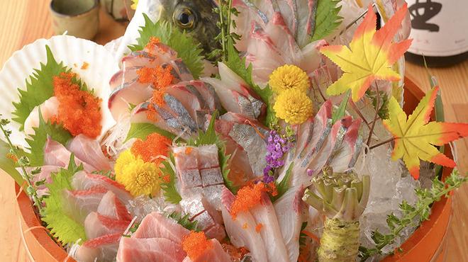 魚と旬菜と日本酒 炙りのどまん中 - メイン写真: