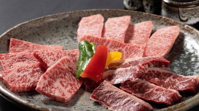 京焼肉 にしき - メイン写真: