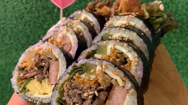 小さな韓国 あぷろ - 料理写真:サムギョプサル韓国料理 キンパ
