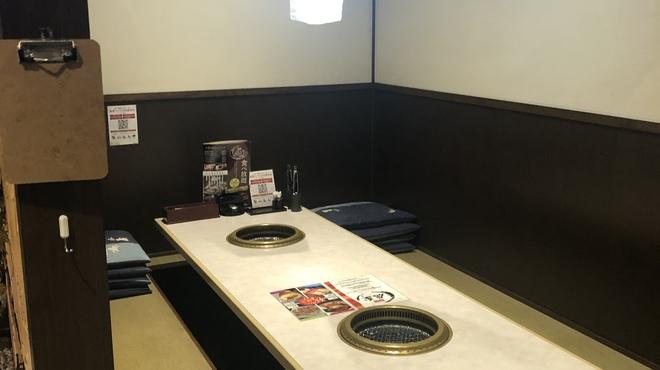 個室で焼肉食べ放題 焼肉虎至 - メイン写真: