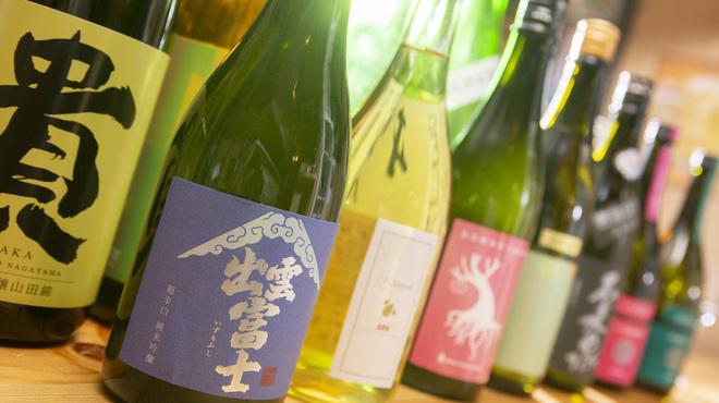 鶏ネバーランド  - ドリンク写真:こだわりの日本酒