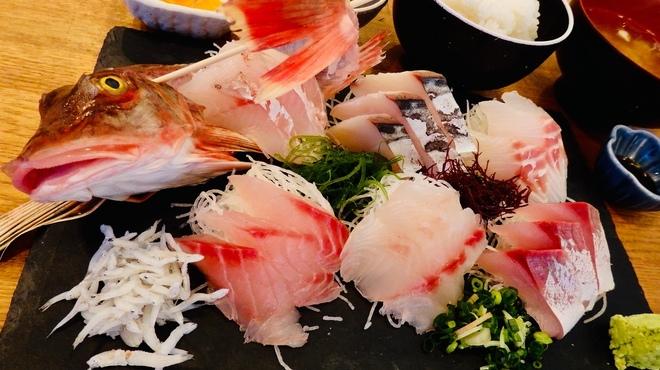 平塚漁港の食堂 - 料理写真:特!刺盛膳