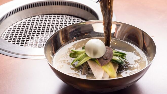 焼肉 冷麺 ユッチャン。 - 六本木(焼肉)の写真1