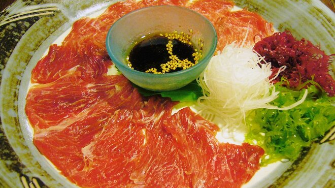 魚四季 - 料理写真:鮪のほほ肉刺