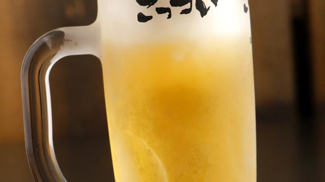 ごっつい - ドリンク写真:サントリーのプレモル香るエール