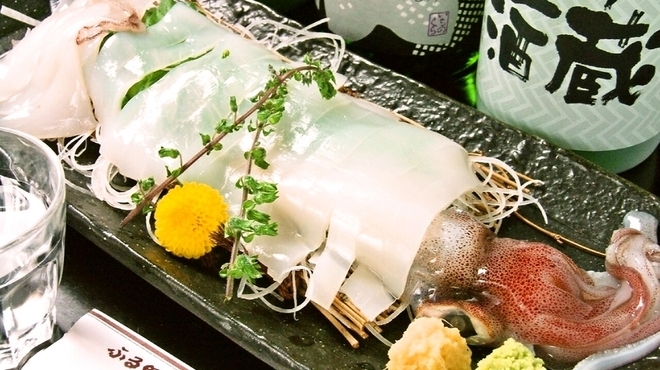居酒屋 一ノ蔵 - 料理写真:白いか姿造り(隠岐の島直送)