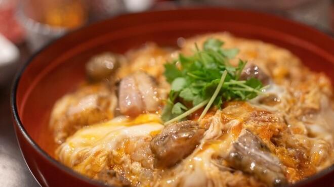 鳥田中 - 料理写真:炭焼き地鶏親子丼