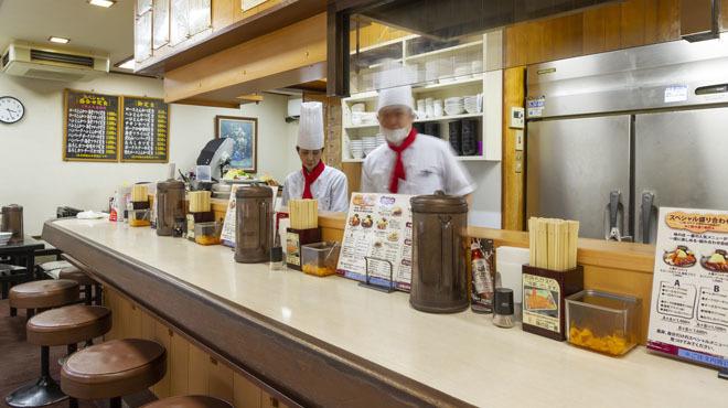 味の店 一番 - メイン写真:カウンター