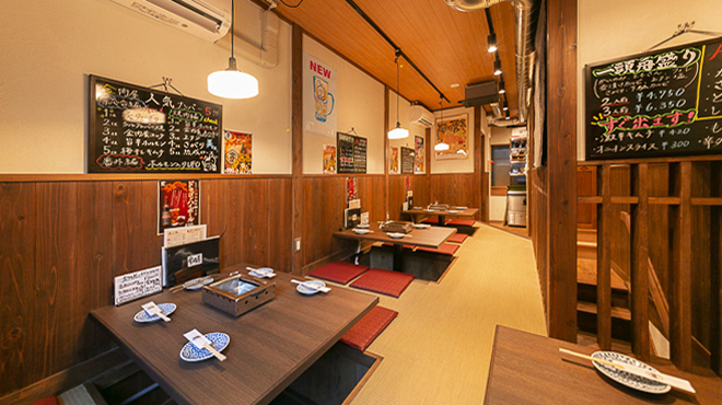たれ焼肉 金肉屋 - メイン写真:小上がり3