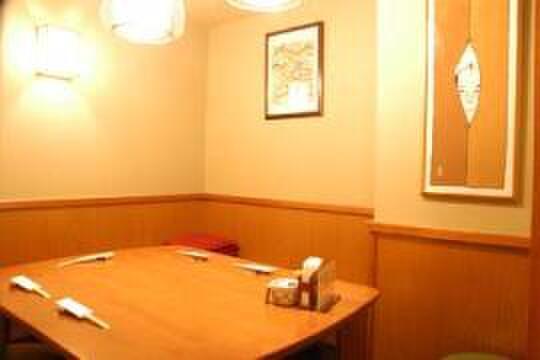 おぐ羅 - 内観写真:小宴会も出来る個室席