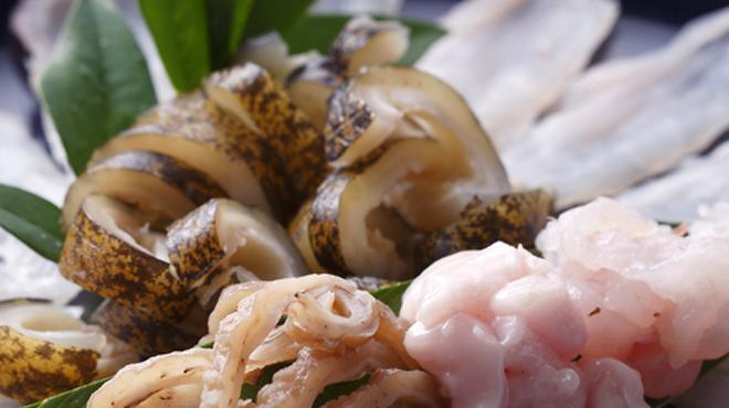 たたき亭 - 料理写真:うつぼのさしみ