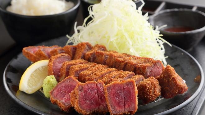 厚切り牛かつ専門店 神戸 牛かつ亭 - 料理写真:牛かつ亭の厚切り牛かつ膳(大)