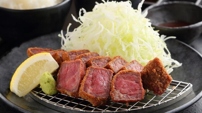 厚切り牛かつ専門店 神戸 牛かつ亭 - 料理写真:牛かつ亭の厚切り牛かつ膳(並)