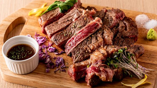 熟成肉とチーズ 肉割烹バル 和牛男cowboy - メイン写真: