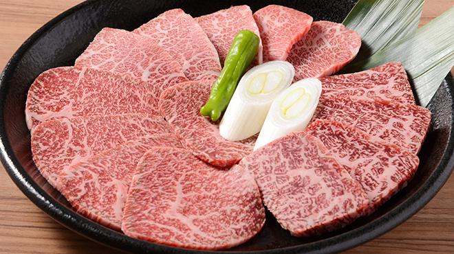 ホルモン焼道場 蔵 - メイン写真:黒毛和牛上焼肉盛り合わせ