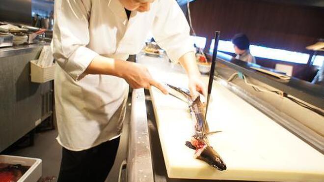 和互 - 料理写真:毎朝築地、境港より新鮮なお魚が届きます!