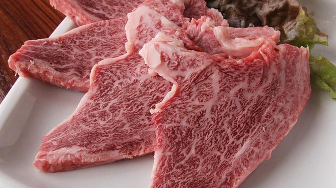あか牛焼肉専門 和牛一頭流 肉萬 - メイン写真: