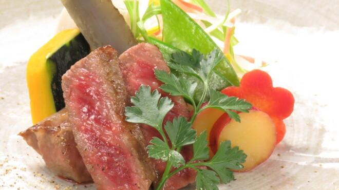 The Cellar KYOTO - 料理写真:黒毛和牛A4ランク赤身肉のロースト