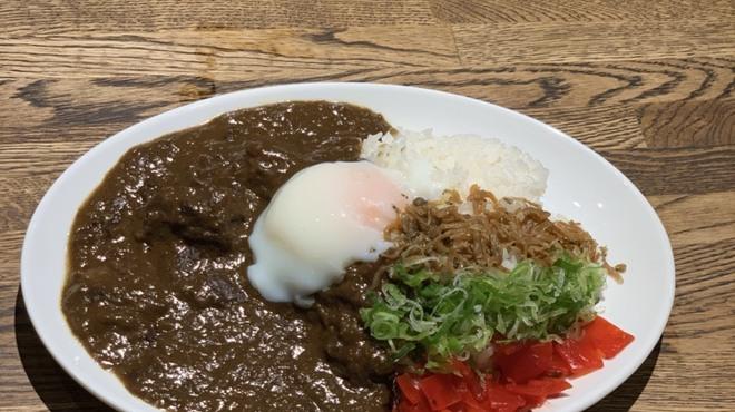 お酒の美術館 京都三条烏丸レトロパブ - 料理写真: