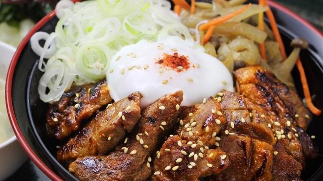 炎 - 料理写真:甘辛月見豚ハラミ