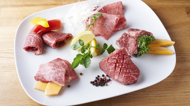 和牛焼肉 Beef Factory73 - メイン写真: