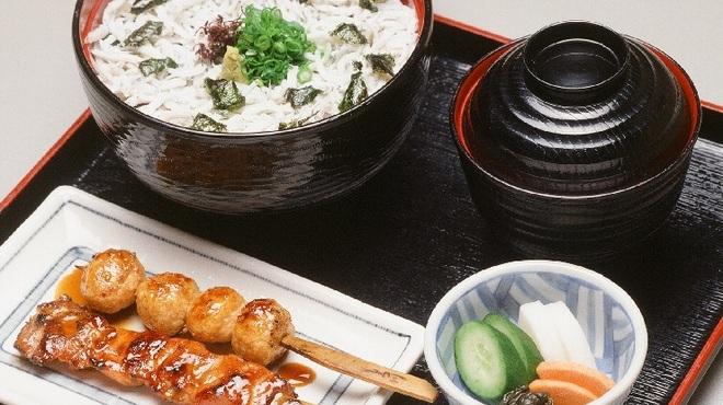 もろ川 - 料理写真:釜揚げしらす丼