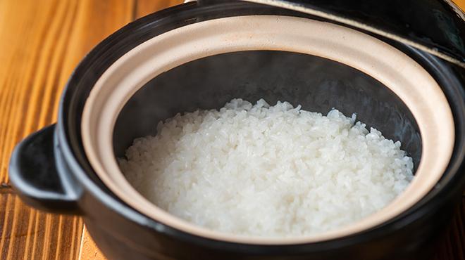とんかつ 今井 - メイン写真:土鍋アップ