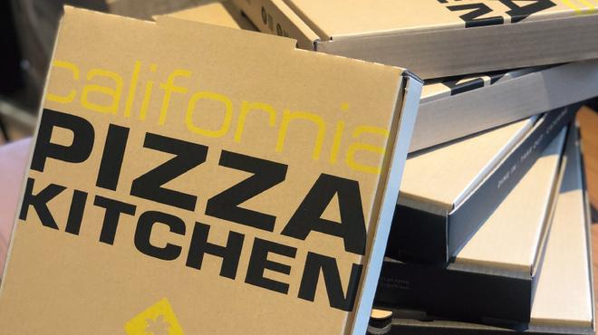 カリフォルニア・ピザ・キッチン - メイン写真: