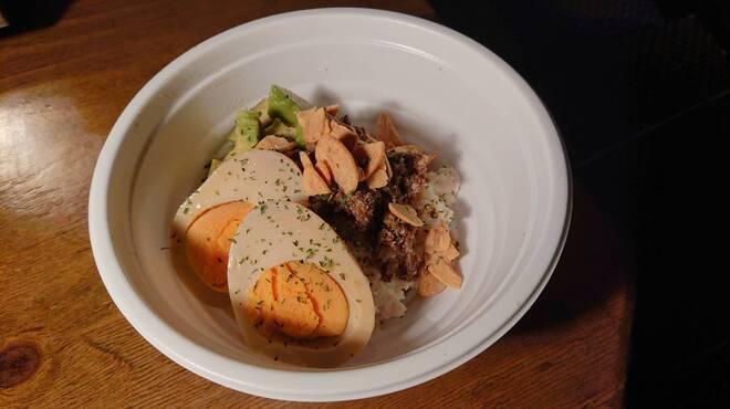 駅北酒場 肉山田肉男 - 料理写真:肉屋のポテサラ
