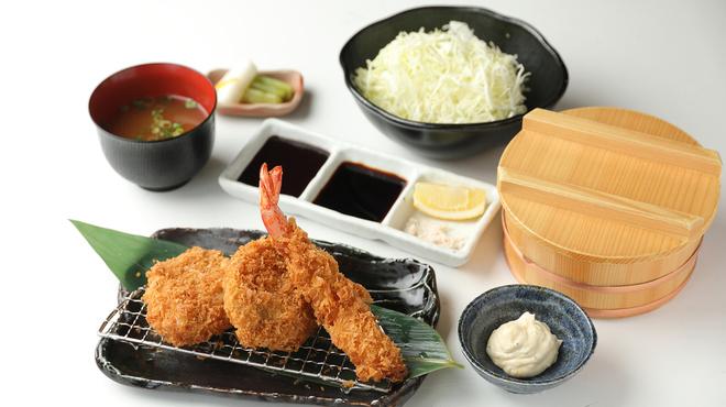 キムカツ - 料理写真:国産豚ヒレカツ&エビフライ膳