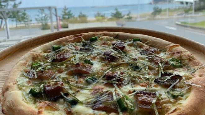 KAN-ICHI - 料理写真:穴子甘辛干しワサビマヨ風味ピザ