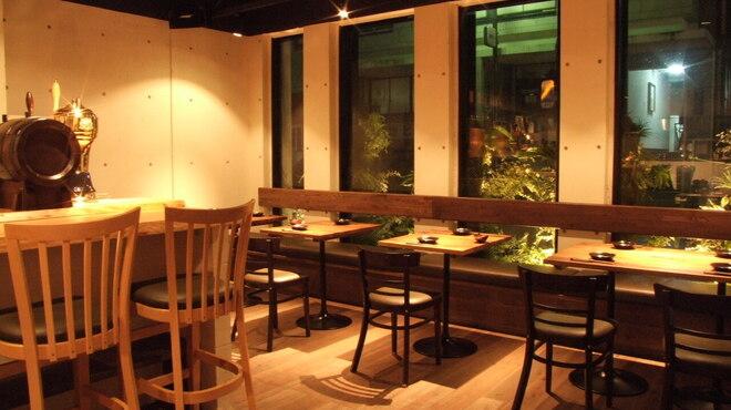 焼き鳥ワイン酒場 TORI−BUDOU - メイン写真: