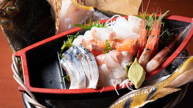北海道さかな一途 直営魚問屋 - メイン写真: