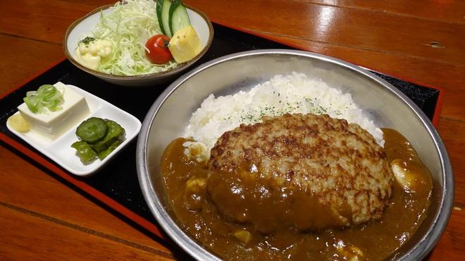 路地裏とり料理 かまくら番長 - 料理写真:ハンバーグ定食